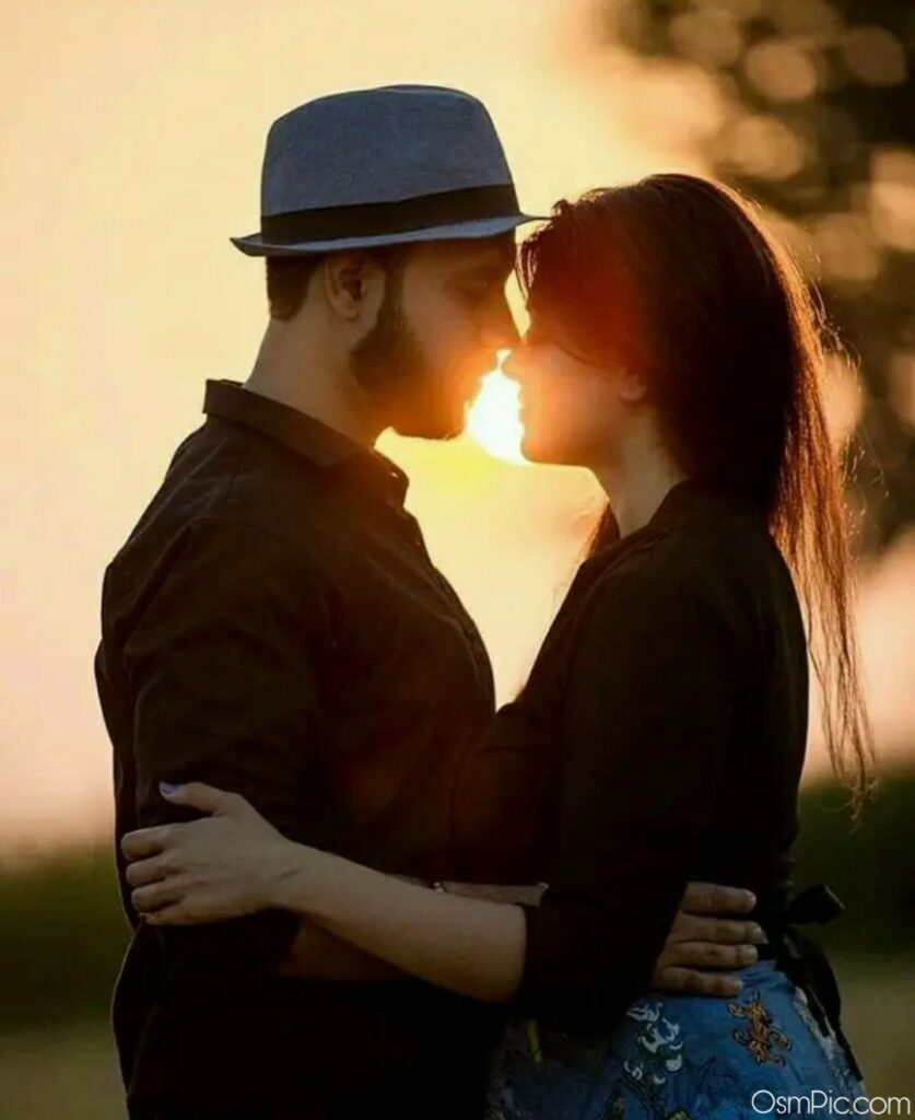 Romantic And Sweet Love Couples pic for Whatsapp dp Pic