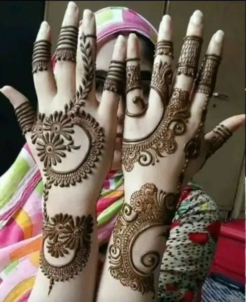 hidden face girl mehandi hands