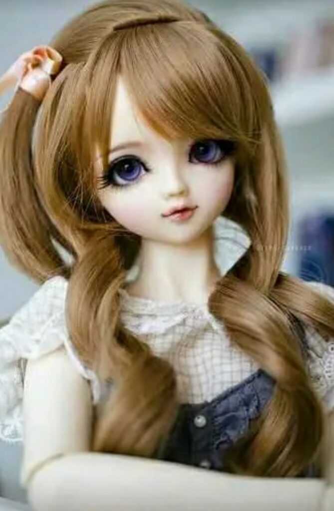 Nice pic of barbie Doll for girls Whatsapp dp Pic